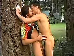 Twink obtains cumflowed in the forest
