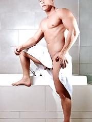 Icon Male. Gay Pics 3